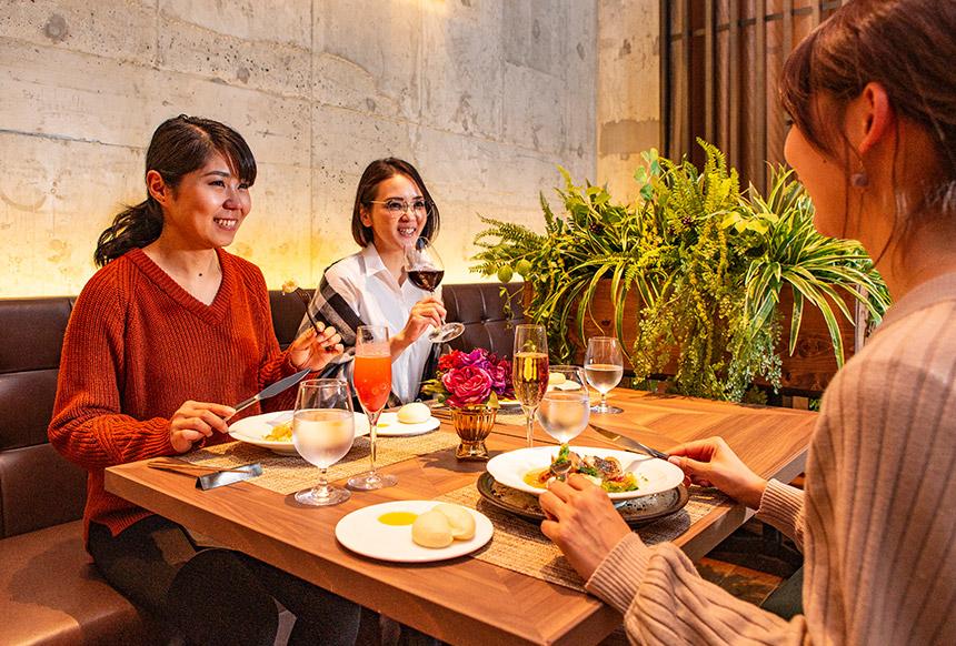 食事風景女子会